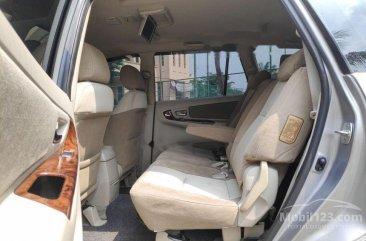 Jual Toyota Kijang Innova 2015