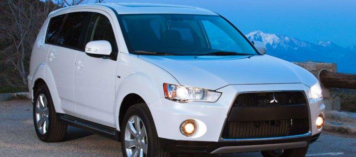 7 Pilihan Terbaik Mobil Bekas di Bawah 200 Juta yang Irit Bahan Bakar